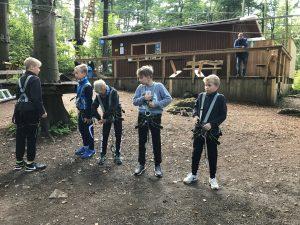 Klettergurt Jugend : Männliche d jugend im kletterwald tsg dittershausen herzlich
